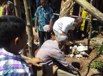 Peletakan Batu Pertama Pembangunan Gereja – Jemaat GMIT Hosana RSS Liliba