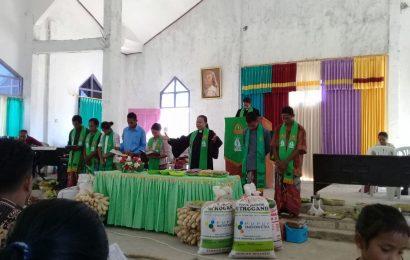 Jemaat Efrata Karisin Ibadah Syukur Panen