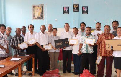 Majelis Sinode GMIT Bantu 12 Sekolah di Alor
