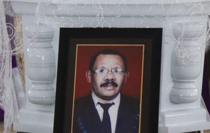 Pemakaman Pdt. Emr. Ishak Alfons Laufra, M.Th
