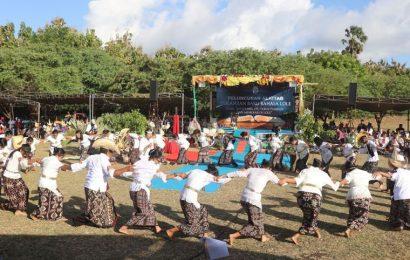 Jemaat GMIT di Rote Sambut Peluncuran Alkitab Bahasa Lole