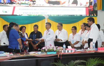 Pdt. Dr. Mery Kolimon Terpilih Memimpin GMIT Periode 2020-2023