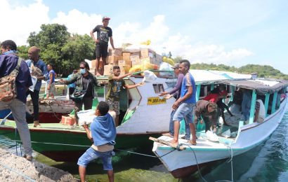 Posko MS GMIT Tanggap Bencana Siklon Seroja Transparan Kelola Sumbangan Diakonia