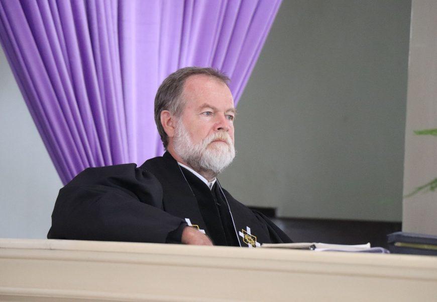 Jemaat GMIT: Persekutuan atau Kerumunan*