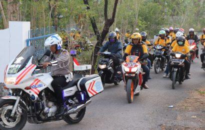 Tour Sepeda Motor Kaum Bapak GMIT Menuju Rote