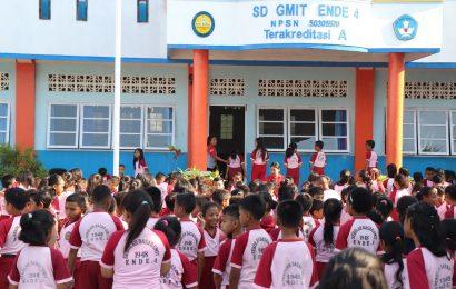 Satu-Satunya di Indonesia: Sekolah Kristen Tetapi Mayoritas Siswa Muslim