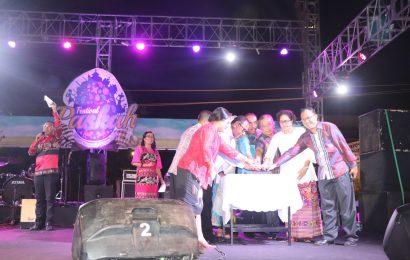 Pemda NTT Beri Apresisi Festival Paskah Jemaat GMIT Benyamin Oebufu