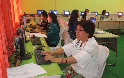 SMK 1 Negeri Kupang Latih Karyawan Administrasi Kantor Majelis Sinode GMIT