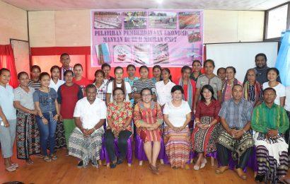 BP-APE GMIT Adakan Pelatihan Tenun Bagi 20 Mantan Pekerja Migran