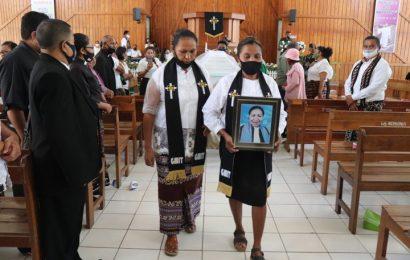 Pdt. Rosalina Sirah, S.Th, Ketua Majelis Jemaat Imanuel Bokong Meninggal Dunia