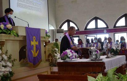 36 Tahun Melayani, Pdt. Hendrik A. Abineno Masuki Masa Emeritasi