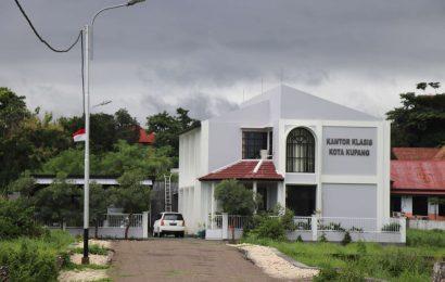 101 Jemaat GMIT di Kota Kupang Kembali Beribadah dari Rumah