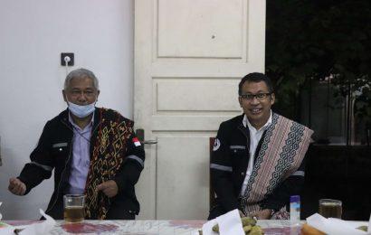 Ketua Sinode Gereja Toraja Kunjungi Posko Bencana GMIT
