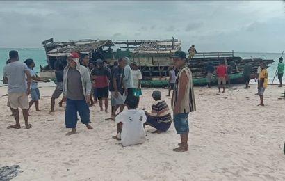 25 Perahu Tenggelam, 300-an Nelayan Menganggur Pasca Seroja di Pulau Ndao-Rote
