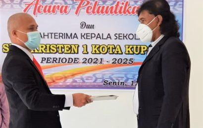 Eduard Lomi Ga, Pimpin SMK Kristen 1 Kupang